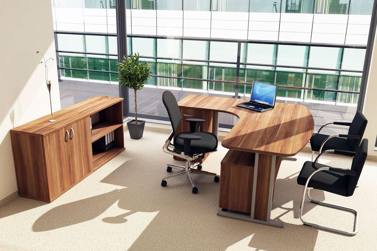 Origo irodabútor, vezetői, fémlábas asztal, szilva.